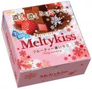 Meiji Melty Kiss Fruity Strawberry, Клубничные конфеты 56 г